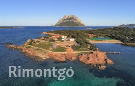 Apartments and homes for sale in Porto San Paolo, Sardinia, Italy