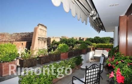 Luxury penthouse for sale in Rome, Lazio, Italy