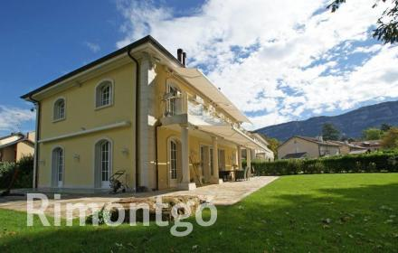 Luxury apartments and homes  for sale in Troinex, Geneve, Switzerland