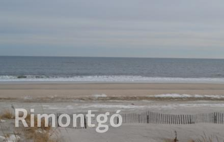Luxury apartments and homes for sale in Westhampton Beach, New York, USA