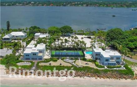 Luxury apartments and homes for sale in Casey Key, Osprey, Florida, USA