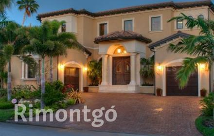 Apartments and homes for sale in Longboat Key, Florida, USA