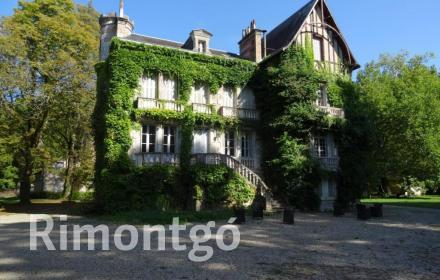 Apartments and homes  for sale in La Rochelle, Charente Maritime, France